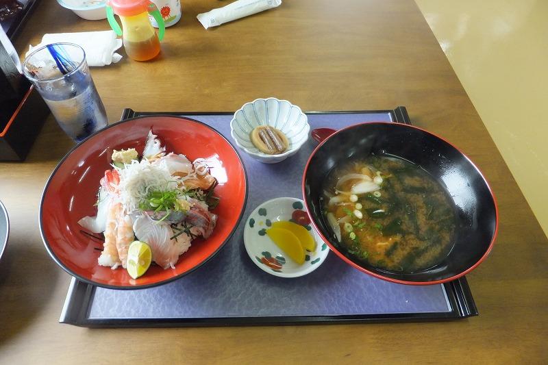 小松島市和田島 海鮮料理屋「小松屋」海鮮丼