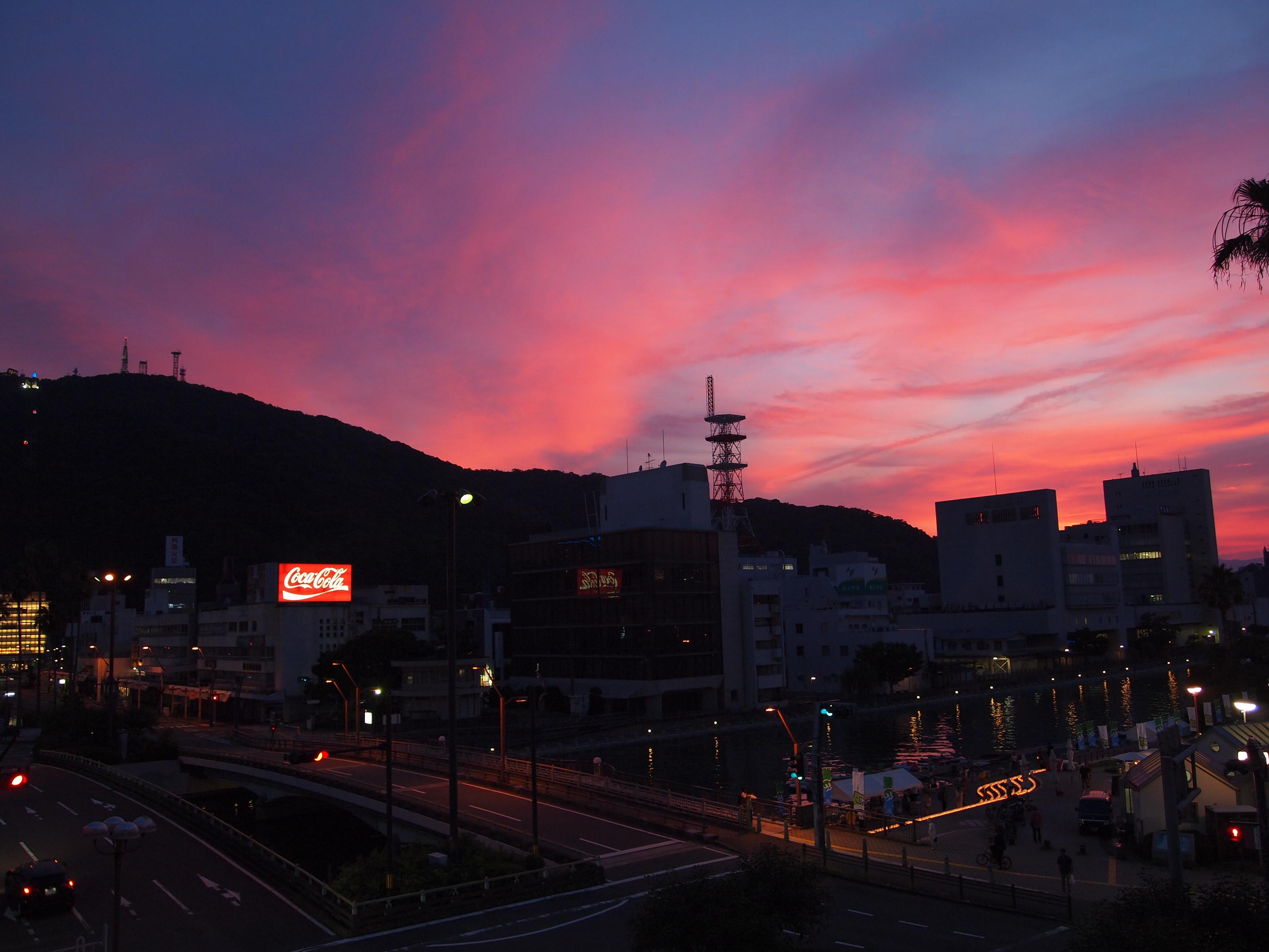 徳島、眉山の夕焼け