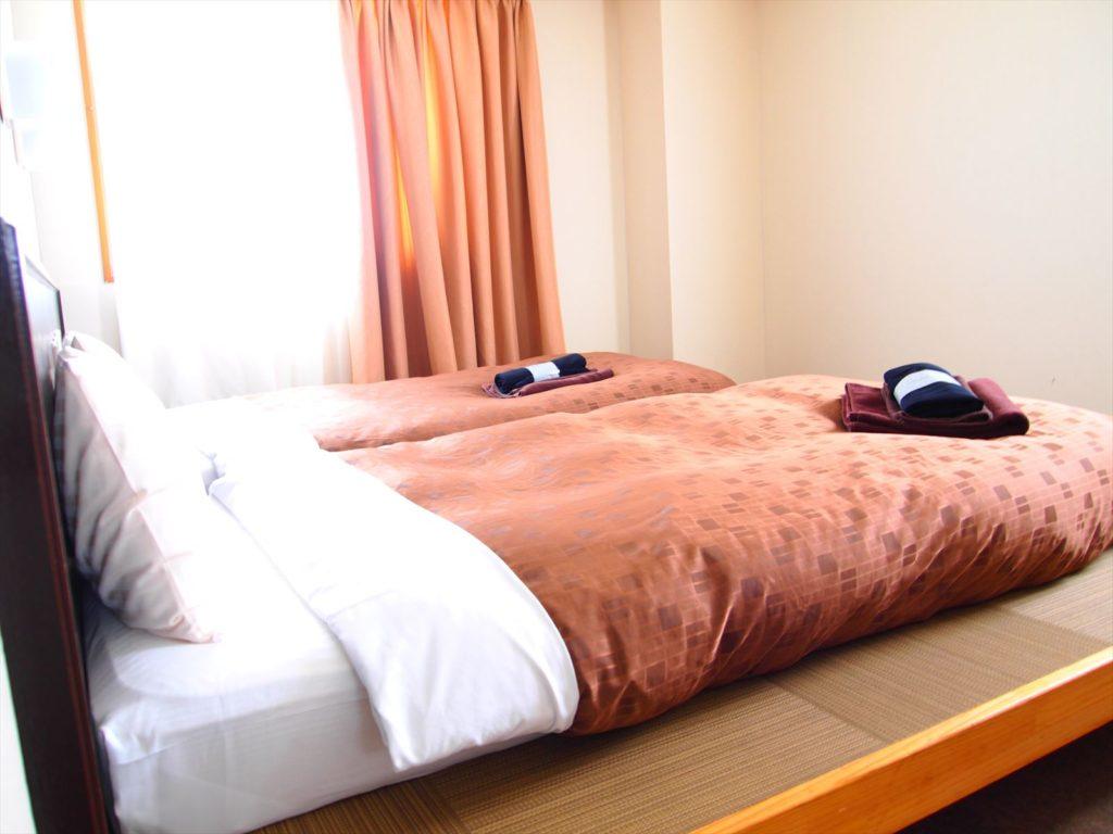 ホテルたいよう農園 小上がりツインルーム角度変え