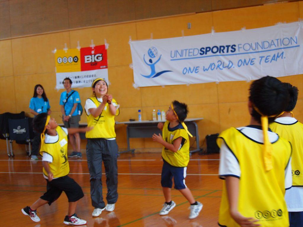 USFスポーツキャンプin徳島 まぜのおか 小学生 ボランティア バレーボール 山内美加