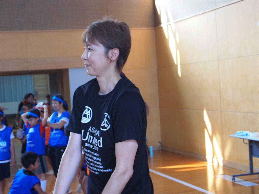 USFスポーツキャンプin徳島 まぜのおか 小学生 ボランティア バレーボール 元代表 山内美加