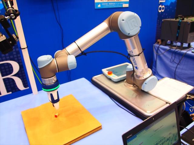 UNIVERSAL ROBOTS e-Series 港産業 徳島ビジネスチャレンジメッセ2018