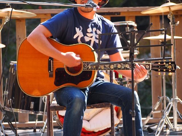 YAMABIKO MUSIC FESTIVAL Vol.21 ヤマビコミュージック 上勝町 古民家 そーめんまん 高いギター