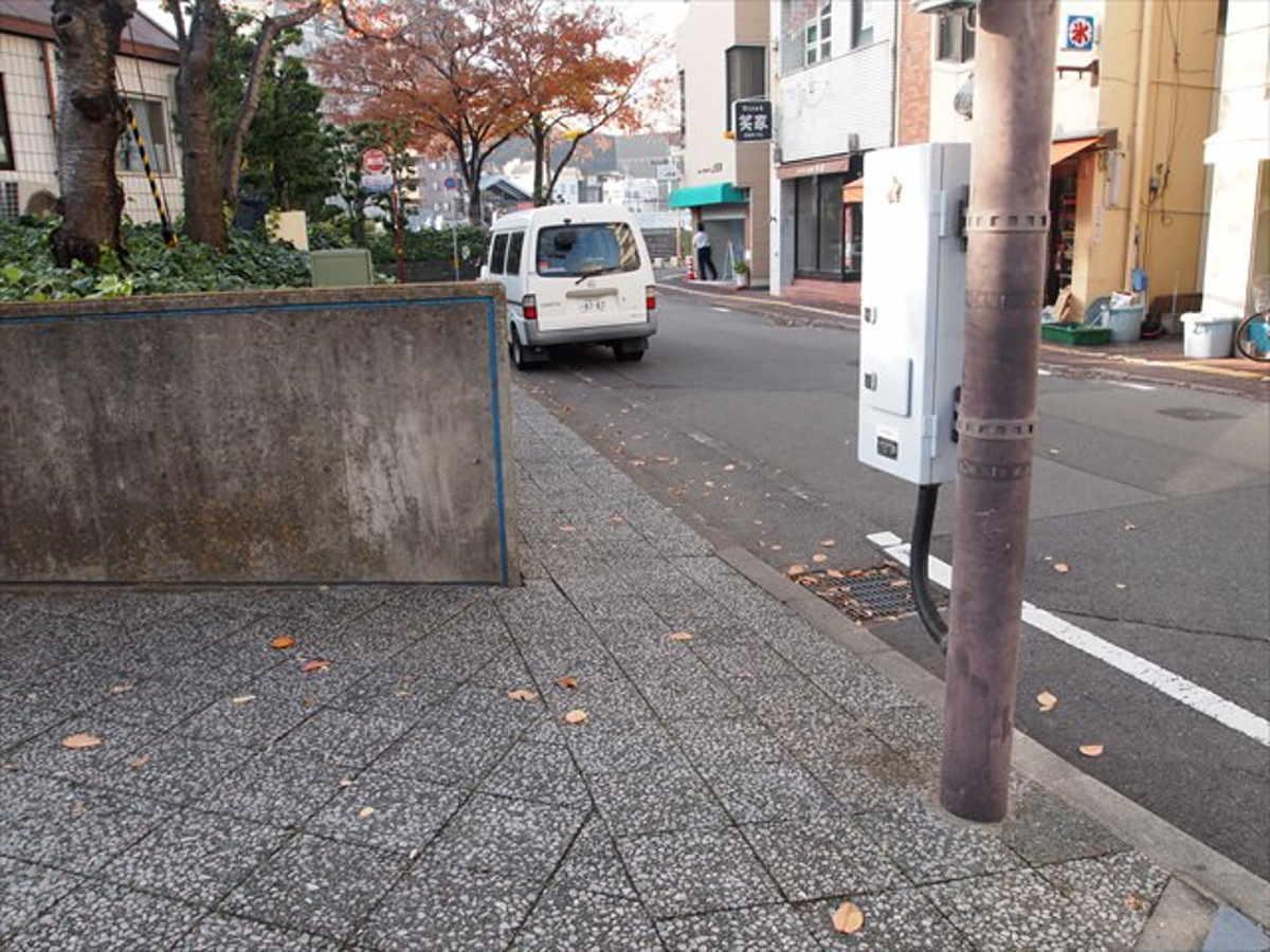 徳島 運転マナー ローカルルール 被せ右折