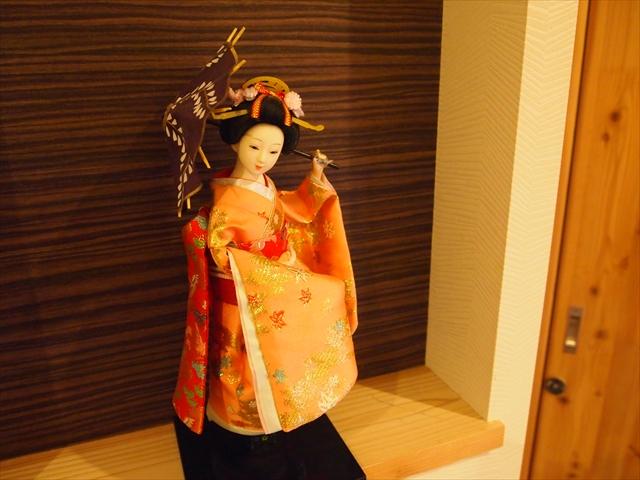 京都西陣の宿 人形