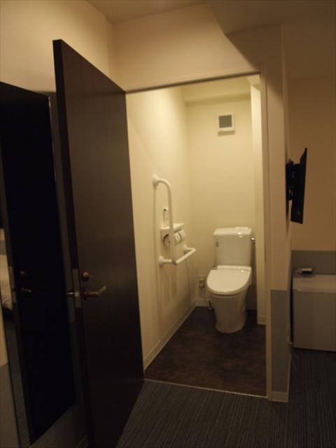 松山市 ホテルたいよう農園二番町 バリヤフリールーム トイレ