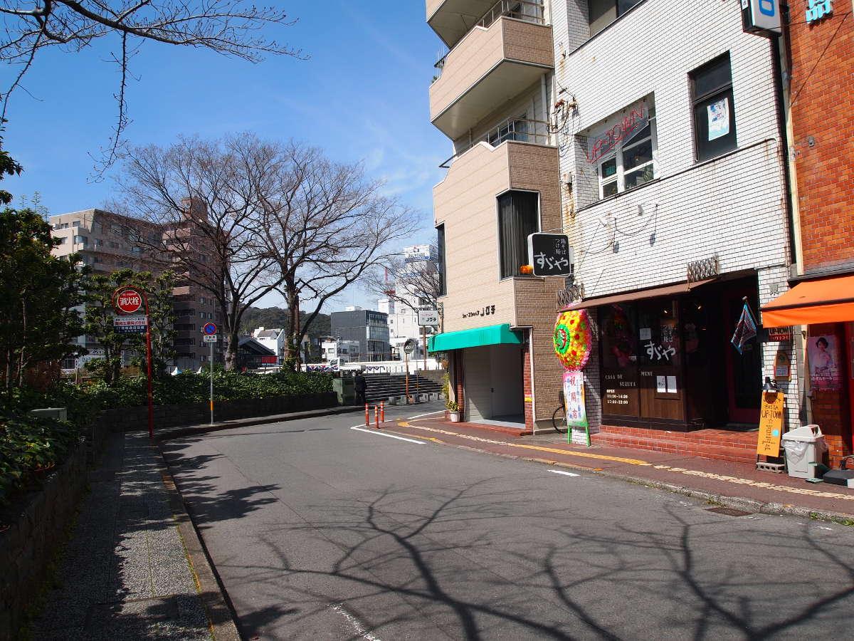 徳島市南内町 鶏そば つけ麺 すゞや 非徳島ラーメン あっさり 鶏塩ラーメン
