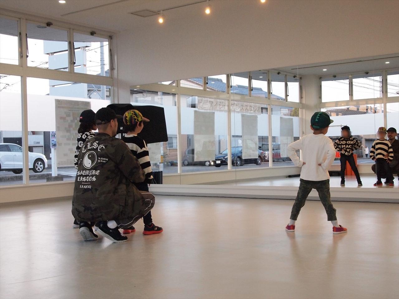 徳島県北島町 ダンススタジオ ダンススクール B.I.G(ビーアイージー) はじめてのキッズダンス KAZU 岩佐和宏