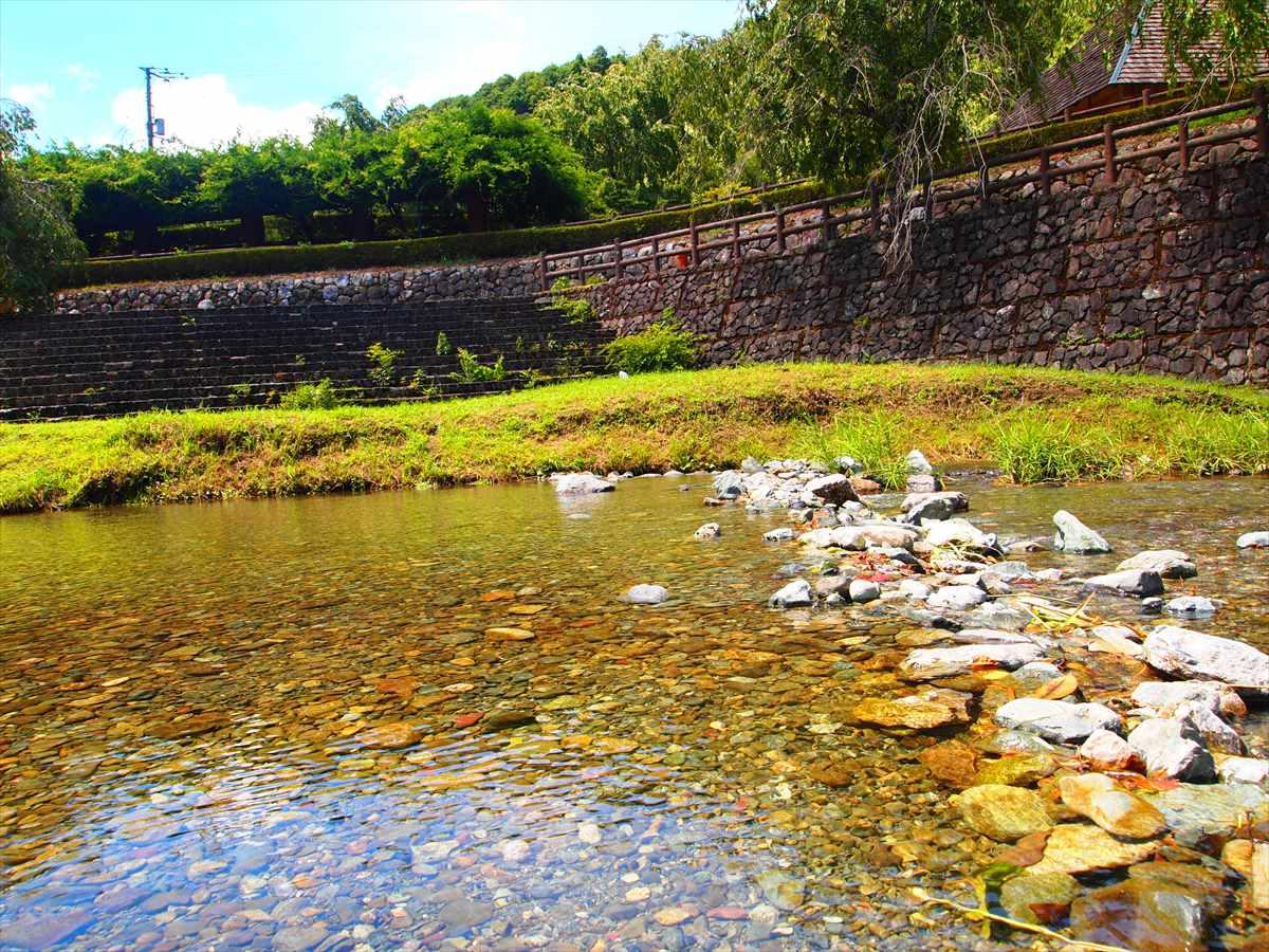 神山温泉 農村ふれあい公園 徳島県神山町 川遊び