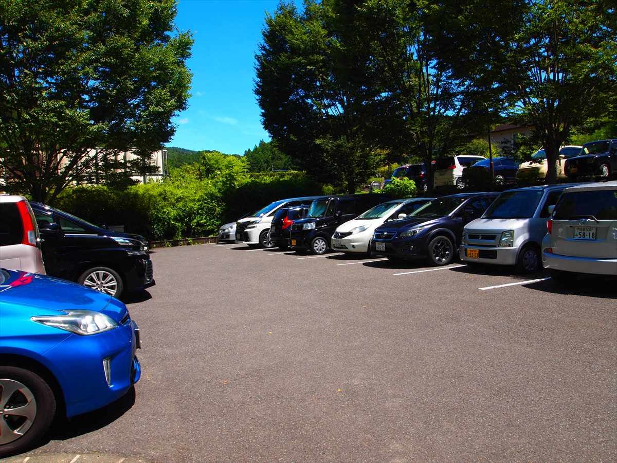 神山温泉 農村ふれあい公園 徳島県神山町 駐車場