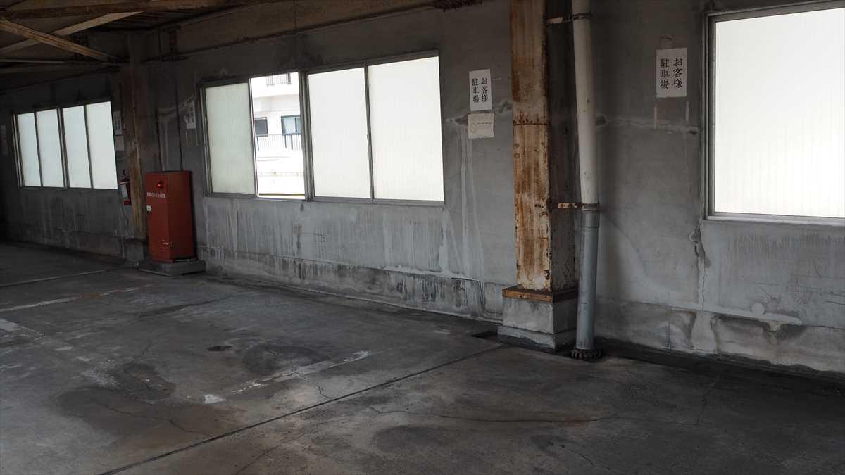 そばごめ専門店「そばごめ屋」 徳島市中洲 駐車場