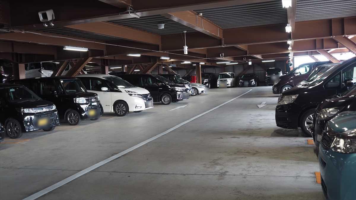 MEGAドン・キホーテ徳島店 立体駐車場