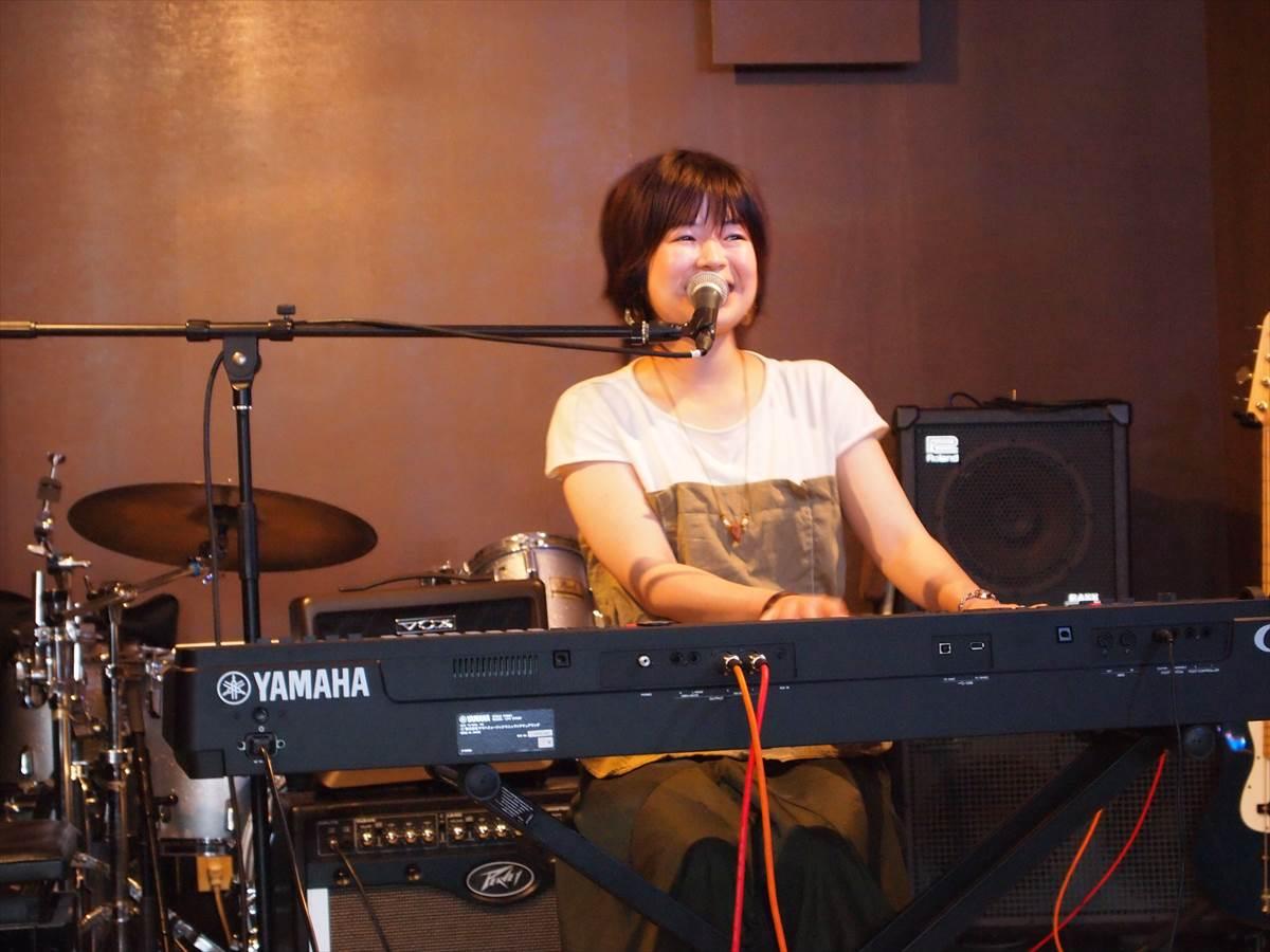 シンガーソングライター cocoro 小松島 みなとマルシェスペシャルライブ
