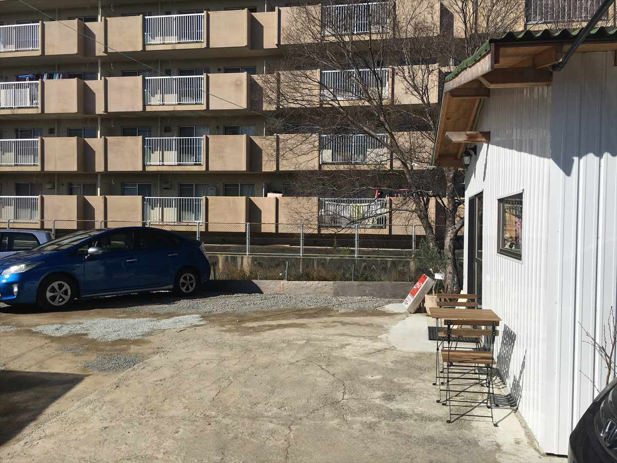 北島町 お好み焼き ももふく 駐車場